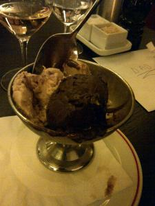 Peanut & Chocolate Ice Cream